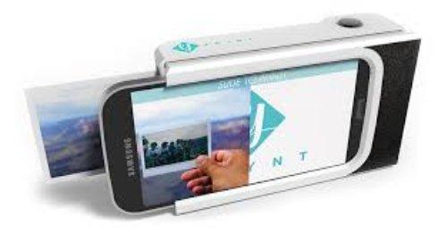 Чехол с принтером превращает телефон в полароид