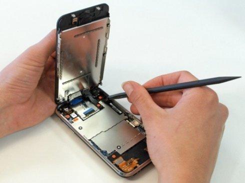 Что представляет из себя ремонт iPhone