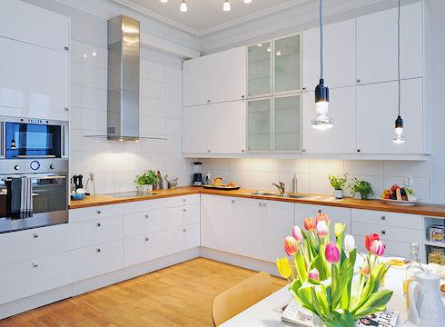 Дизайн белой кухни – классика жанра
