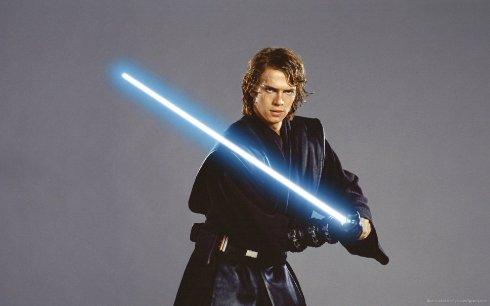 Дизайнер iPhone разработал меч для «Звёздных войн»