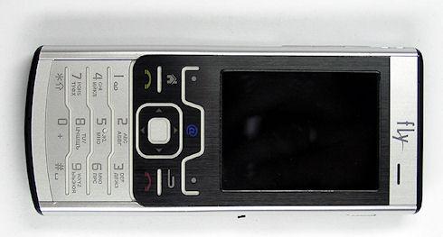 «Народный» смартфон Fly iq-110