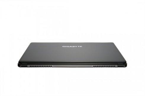 Начались продажи игрового ноутбука P35X от Gigabyte