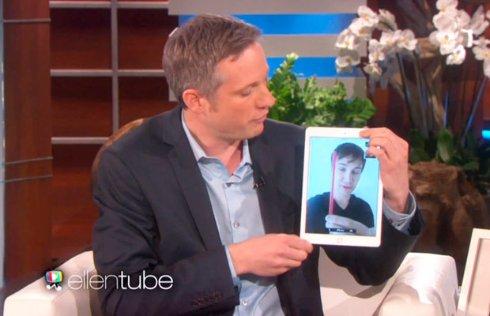 Иллюзионист удивил телеведущую невероятными фокусами при помощи iPad (ВИДЕО)