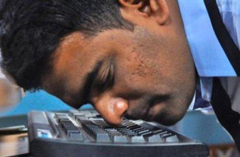 Индиец установил мировой рекорд по скорости печатания носом