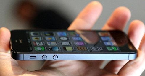 Почему не стоит спешить покупать iPhone 5