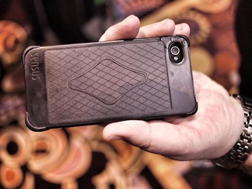 Sensus – футляр для iPhone с сенсорным вводом