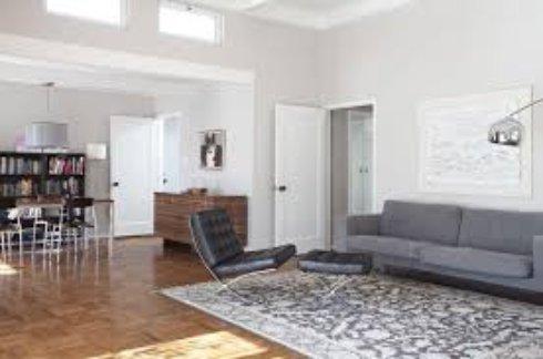 Использование белых дверей в интерьере