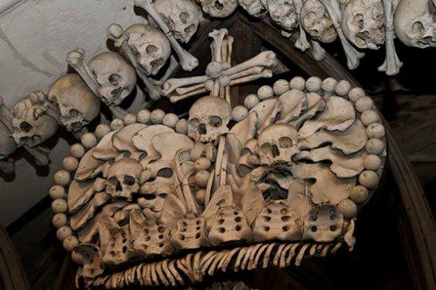 Из человеческих костей создали строительные материалы