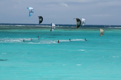 Кайтсерфинг: на стыке воздуха и воды