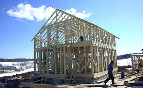 Какими панелями отделать дом