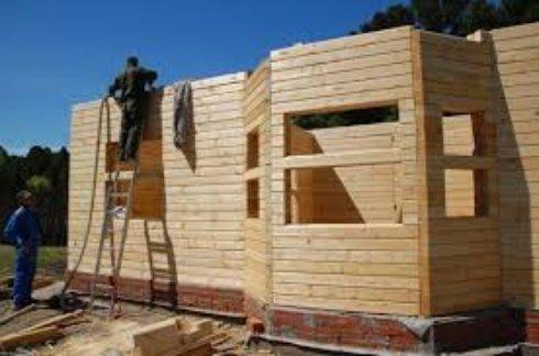 Какой брус лучше для строительства дома