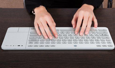Создана клавиатура Jaasta, которая меняет символы на клавишах