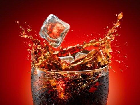 Кока-кола увеличивает риск развития рака, - ученые