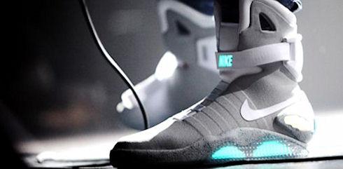 Кроссовки будут накапливать энергию при ходьбе