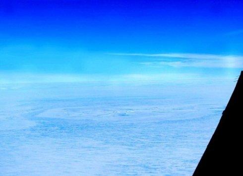 Метеоритный след обнаружили в Антарктиде (ФОТО)