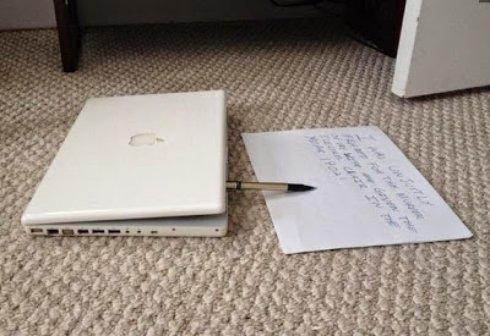 На eBay продали «одержимый» MacBook