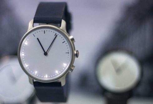Nevo удалось в течении нескольких дней собрать деньги на умные часы, которые не требуют зарядки