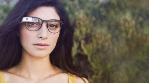 Очки Google Glass 2 получат стильную оправу от компании Luxottica
