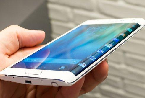 Опубликованы фотографии позолоченного Galaxy Note Edge