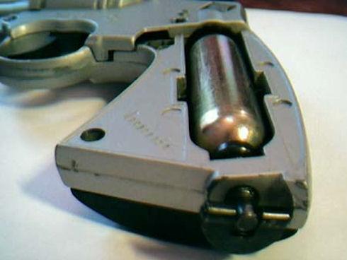Пистолеты и револьверы газобаллонные