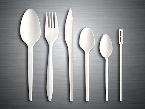 Многоразовая и одноразовая пластиковая посуда