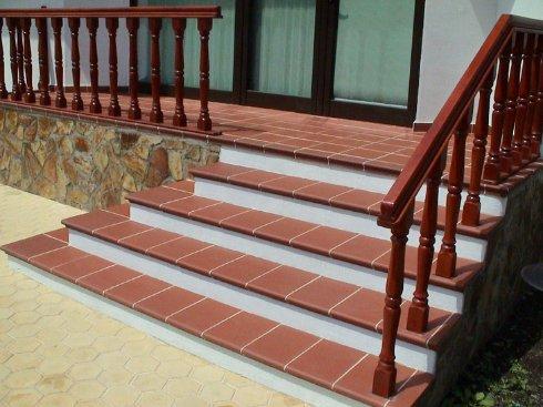 Плитка для лестничных ступеней