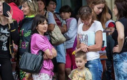 Гуманитарная помощь для детей Славянска