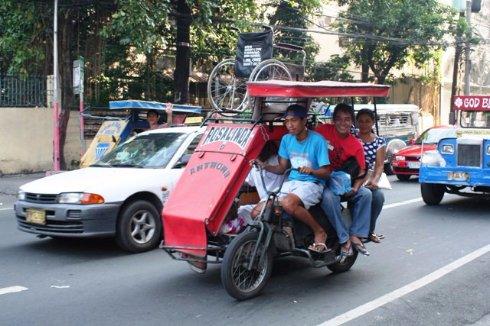 Путешествие в Китай: мото- и велорикши на улицах Китая