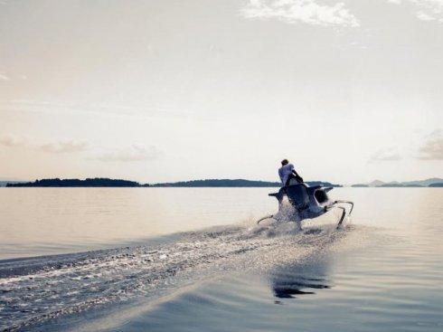 Quadrofoil создала крылатый электрический гидроцикл