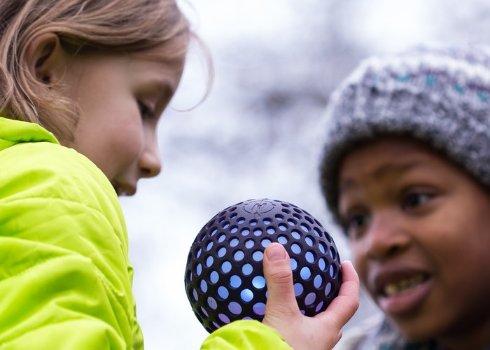 Развлекать детей будет «умный» мяч