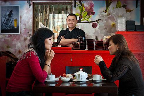 Ресторанный этикет в суши-барах Москвы