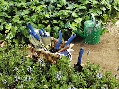 Садовый инвентарь: сделайте свой труд проще