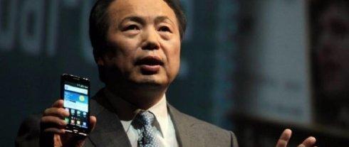 Samsung будет выпускать больше смартфонов премиум-класса
