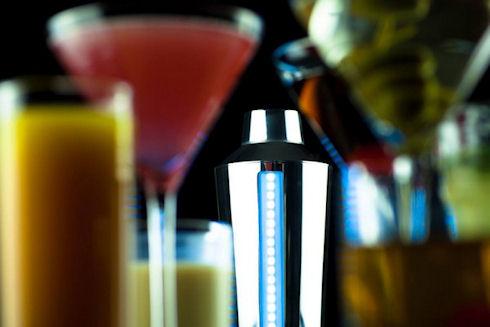Умный шейкер B4RM4N поможет создать лучший коктейль