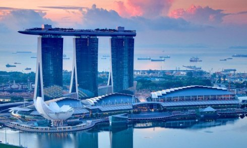 Сингапур оказался во власти смартфонов