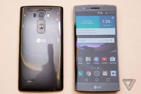 Представлен смартфон-«банан» от LG