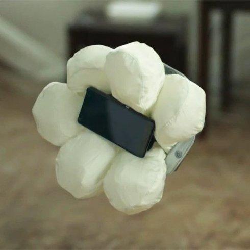 Создана подушка безопасности для смартфона