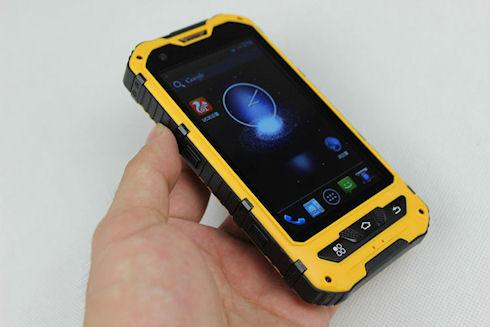 Суперпрочный и умный телефон
