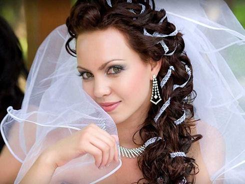 Свадебные прически с косами, какую выбрать?
