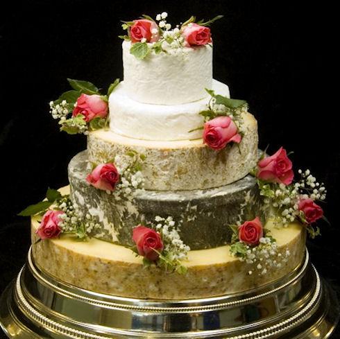 Свадебный торт из сыра