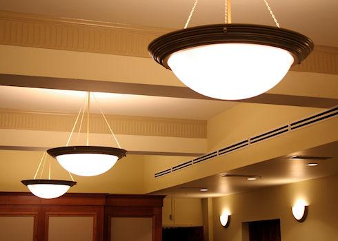 Светильники для прихожей