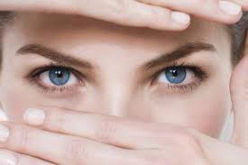 Учёные из Калифорнии предлагают изменять цвет глаз с помощью лазера
