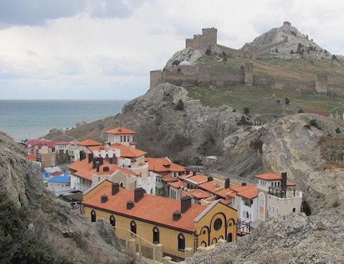 В Крыму появится гостиница в виде средневекового замка