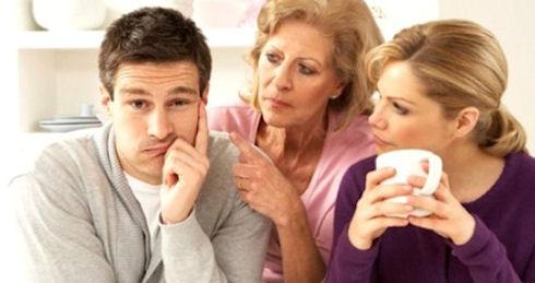 Если вы живете в одной квартире с пожилыми родителями