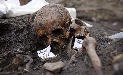 В Лондоне извлекут из земли останки 3 тысяч жертв чумы