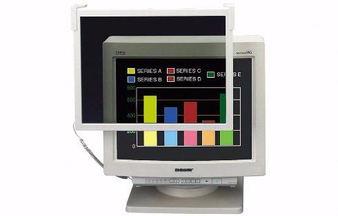 Зрение человека не портится от телевизора и монитора, — ученые